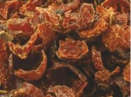 dried crushed rosehip